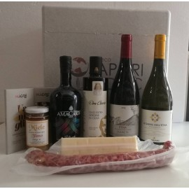 Gift Box Etna with high quality Sicilian Deli products